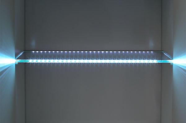 Как самому сделать подсветку к стеклянным полкам